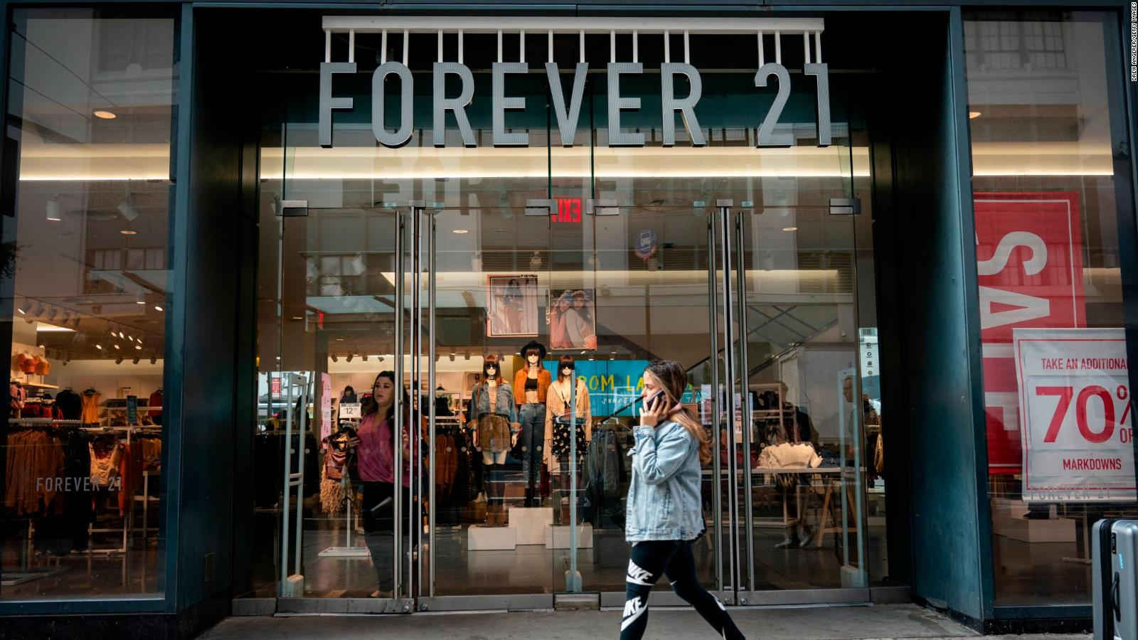 Forever21-inchidere-magazine