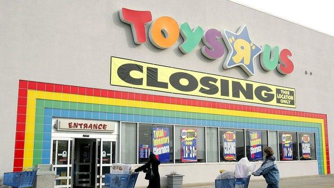toys-r-us-inchidere-magazin-fizic